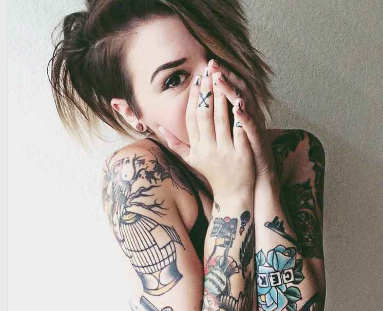 10 amazing inked women for wcw for Best script tattoo artist austin